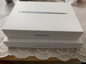 MacBook Air箱の違い